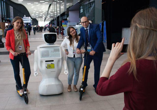 上海好未来公司计划购买俄产机器人助手