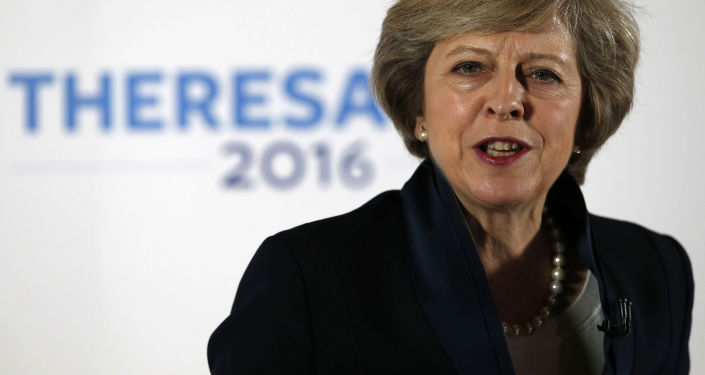 英国首相认为若撤回邀请对特朗普将是侮辱