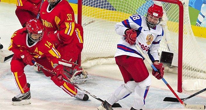 习近平:中俄加强冰雪运动交流有助于中国筹办2022年北京冬奥会