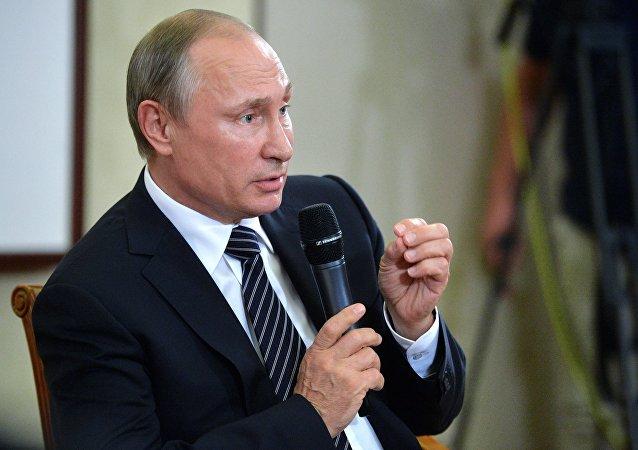普京:G20峰会期间工作内容丰富并体现所有G20国家的利益