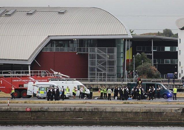 媒体:伦敦城市机场起飞航班因抗议活动而延误