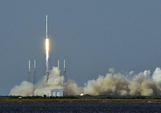 以色列Spacecom公司望SpaceX公司在再次发射卫星前进行数次成功飞行