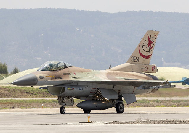 叙利亚军队司令部证实在戈兰高地击毁一架以色列空军飞机