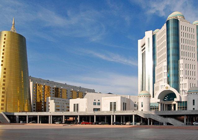 哈萨克斯坦总统之女被任命为参议员