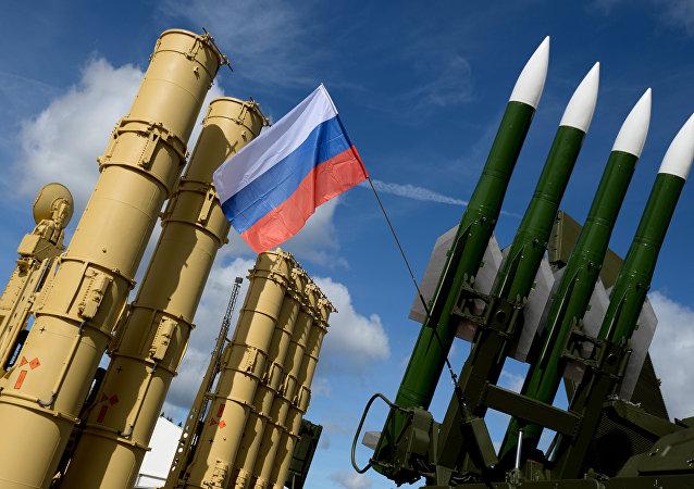 俄罗斯今年前八个月武器出口额达80亿美元