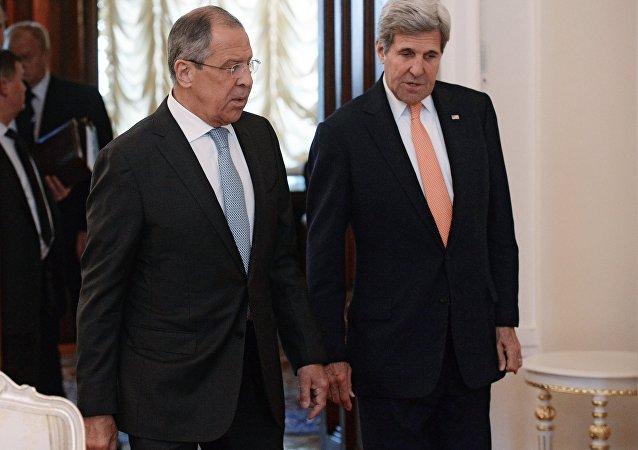 俄外交部:俄呼吁美国兑现将叙反对派与恐怖组织分开的承诺