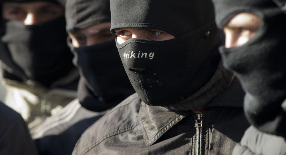 """敖德萨""""右区""""领导人和其他三名激进分子在俄驻敖德萨总领馆前被拘捕"""