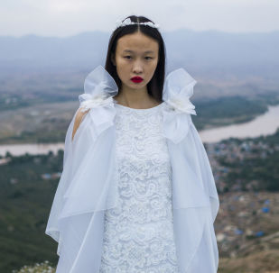 中国皮尔 • 卡丹时装秀