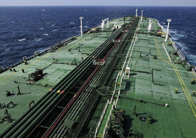 比利时救援中心:两艘油轮在比利时沿岸相撞