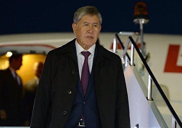 吉尔吉斯斯坦总统已于9月23日抵达莫斯科接受治疗