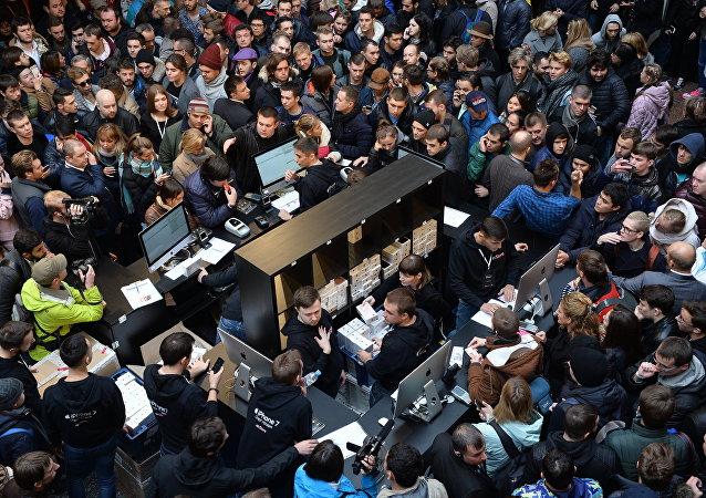 Старт продаж iPhone 7 и iPhone 7 Plus