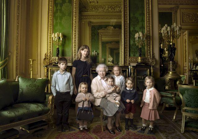 黑客盗取愈3000张英国王室成员的照片