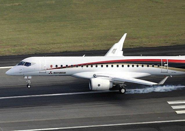 首架日产客机试飞 经俄罗斯飞往美国