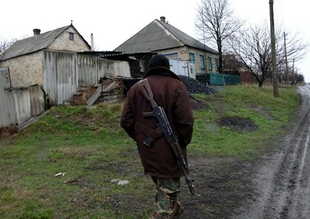 顿涅茨克:顿巴斯冲突各方将从10月1日开始撤军