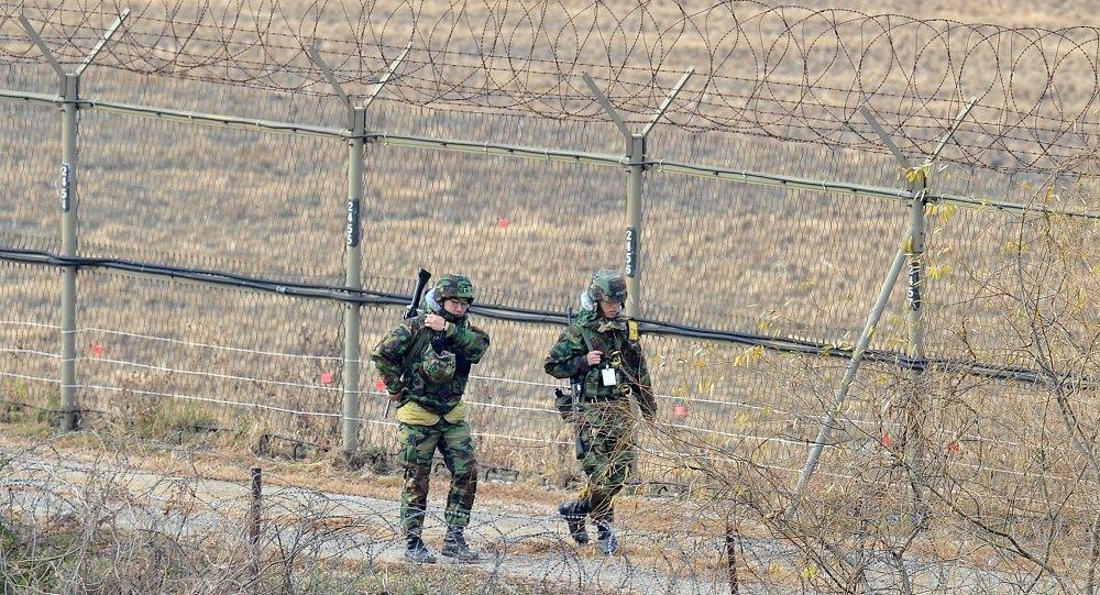 韩国称一朝鲜士兵越过军事分界线来到韩方地带