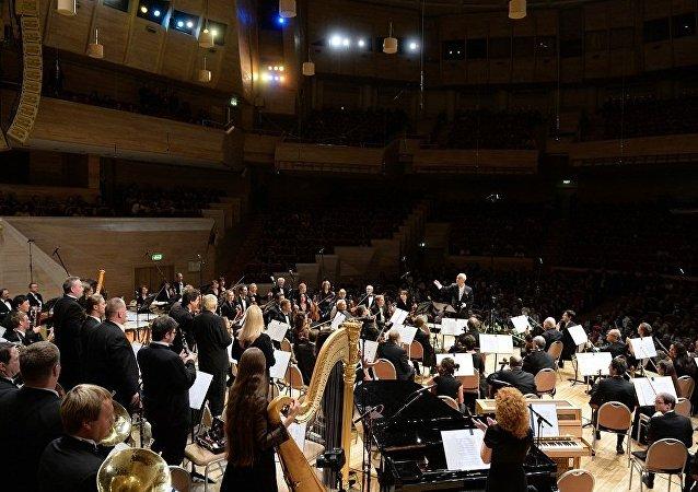 俄国家爱乐乐团