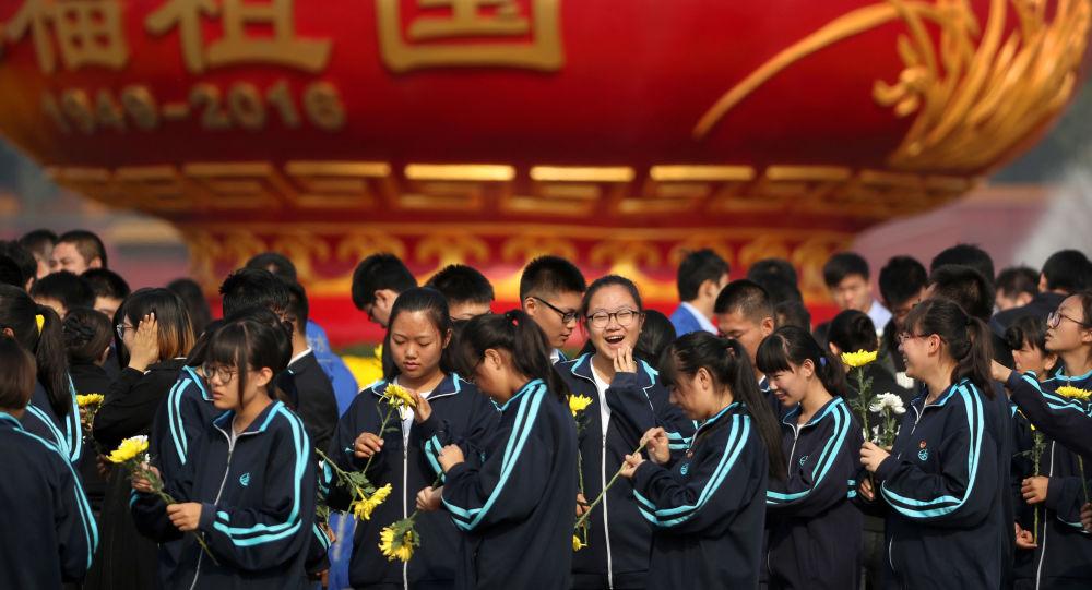 FBI局長:中國欲借助「學者間諜」動搖美國領導地位