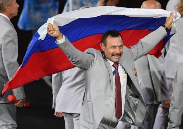 里约残奥会将俄国旗带入的白俄代表团成员将获赠住房