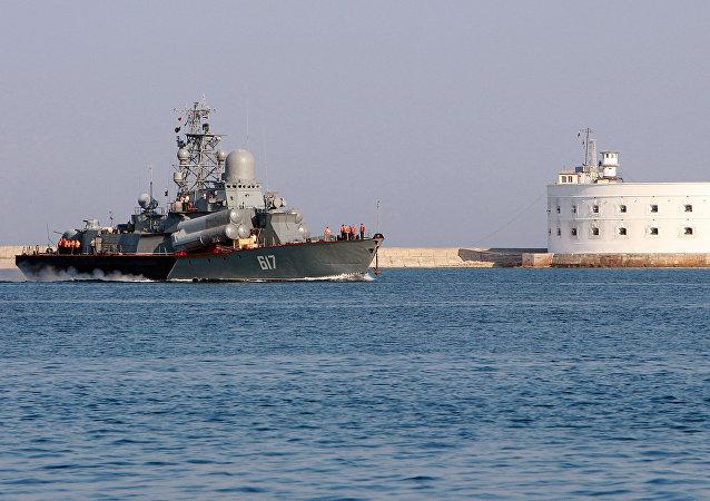 消息人士:俄黑海舰队小型导弹舰出发前往叙利亚