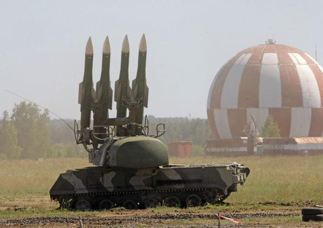 """俄国防部:叙政府军拥有技术状态已恢复的S-200和""""山毛榉"""""""