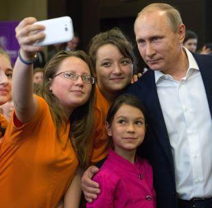 普京称他没有在社交网开设任何个人账号