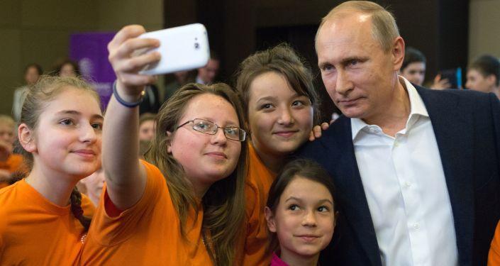 普京稱他沒有在社交網開設任何個人賬號