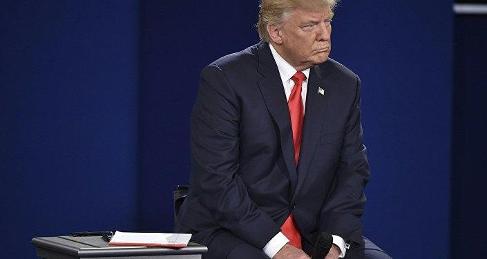 媒体:美情报部门向特朗普报告俄罗斯似乎拥有其诋毁材料