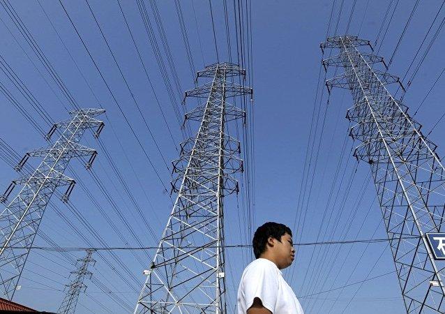 """全球能源互联网合作组织:""""一带一路""""建设促进欧亚大陆电网互联互通"""