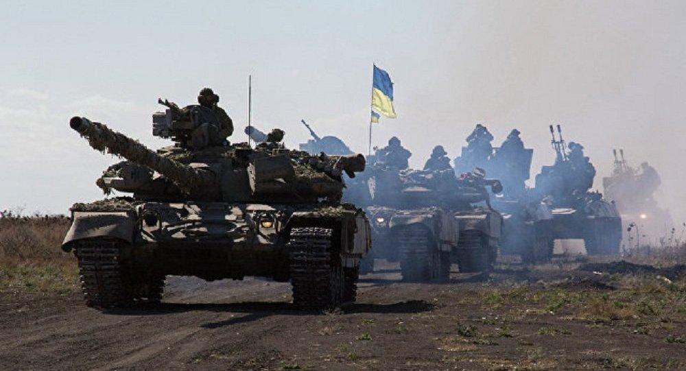 乌总统称将向顿巴斯乌军供应一批T-80坦克