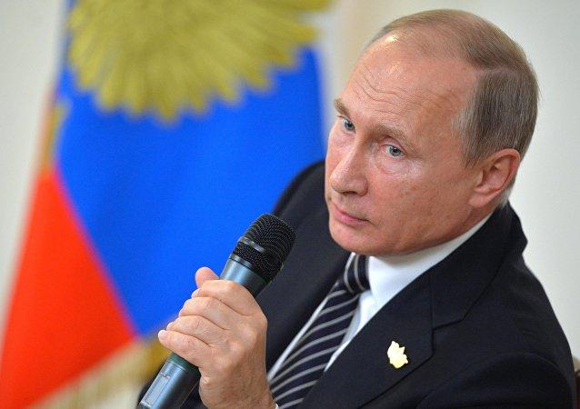 普京:俄不愿同美国对峙但选择权在美国