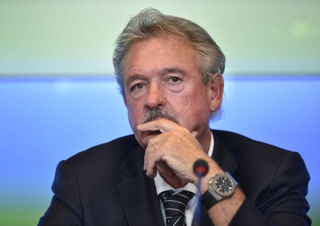 卢森堡外交大臣阿瑟伯恩