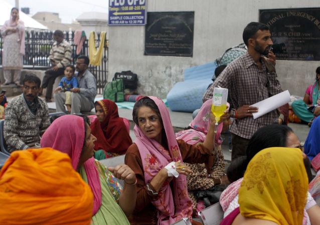 印度女维权人士结束16年绝食宣布成立政党