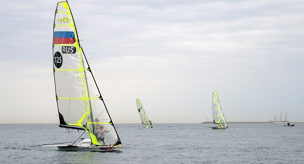 """俄运动员在""""远东杯""""国际帆船拉力赛中获胜"""