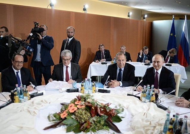 俄联邦委员会主席:俄方希望柏林会晤推动明斯克协议的执行