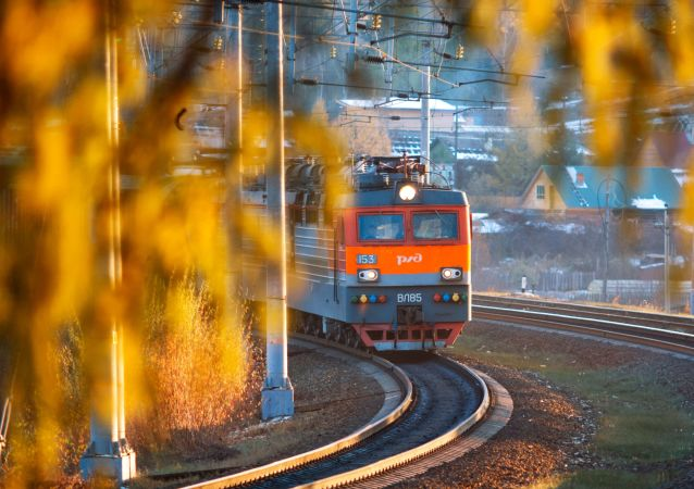 俄铁:贝阿铁路与西伯利亚大铁路现代化改造启动以来货运能力增长三分之一