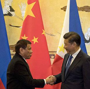 菲律宾总统声明对目前的中菲关系感到很满意