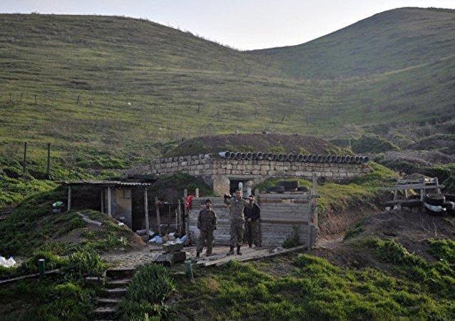 未获承认的纳卡共和国国防部称卡拉巴赫过去一昼夜内发生16次破坏停火的行为
