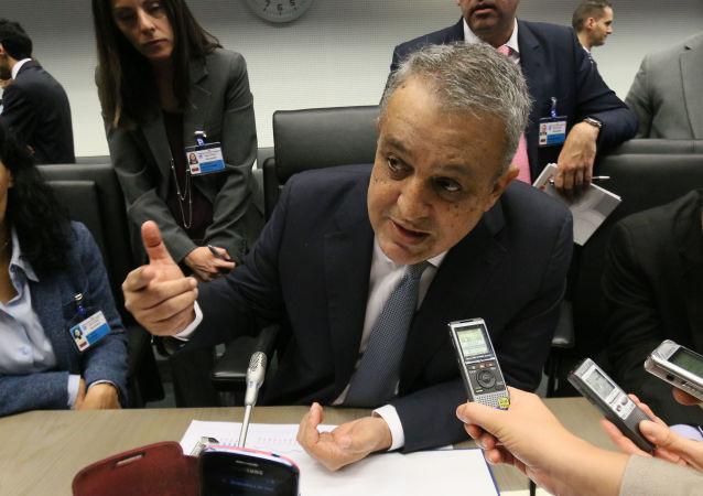 委内瑞拉石油部长欧罗齐奥·德尔皮诺