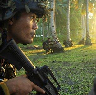 """菲律宾军方:至少11名""""阿布沙耶夫""""武装分子在该国南部投降"""