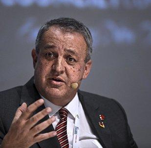 委内瑞拉石油部长罗齐奥·德尔皮诺