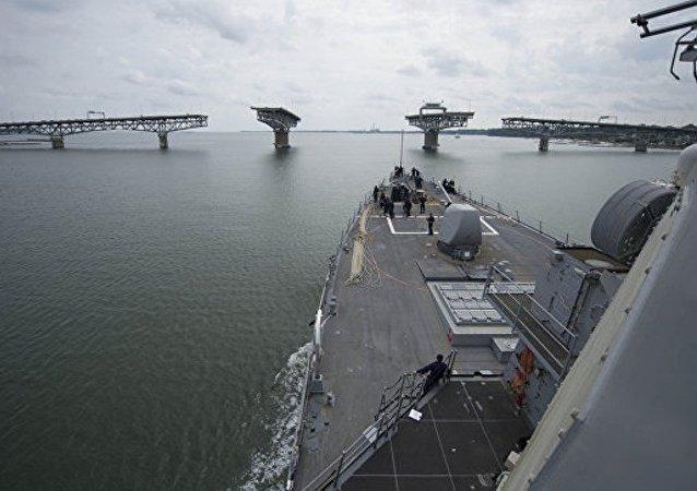 专家:黑海的美国配备反导系统的驱逐舰在帮助黑海舰队进行实战训练