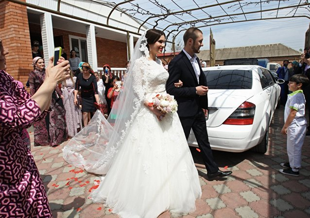 车臣文化部将对婚礼传统的遵守情况进行监督
