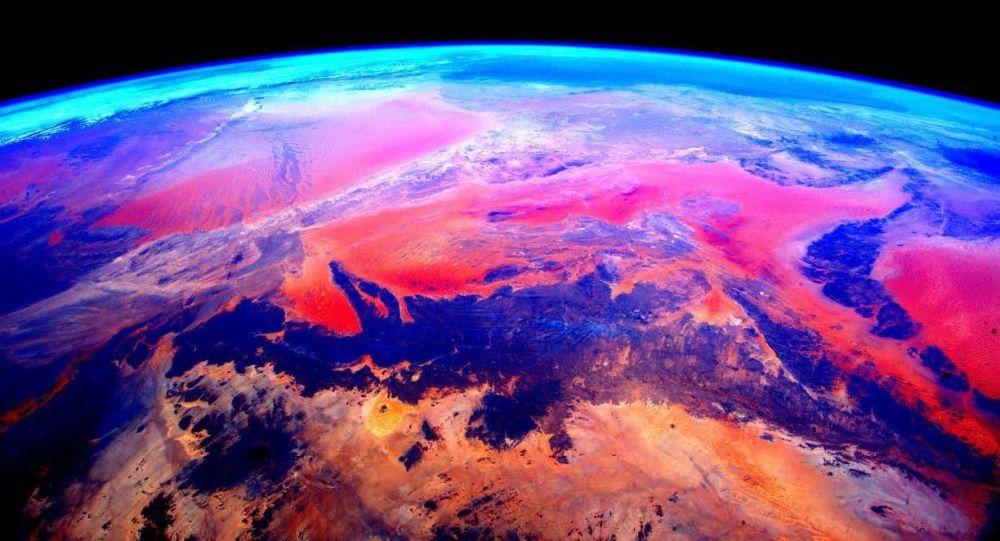 """地理学家计算并推断出地核内部神秘的""""不可探知物质"""""""