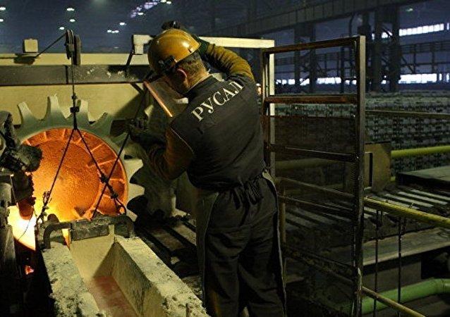 俄铝公司希望俄罗斯就美国征收高额铝关税诉诸世贸组织