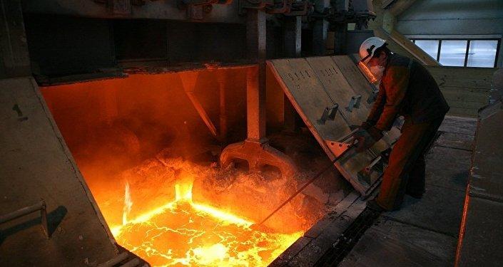 穆迪因商業原因撤銷俄鋁的評級