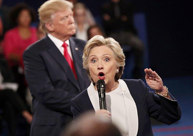美国当局99%认为外国情报机关已侵入希拉里邮箱