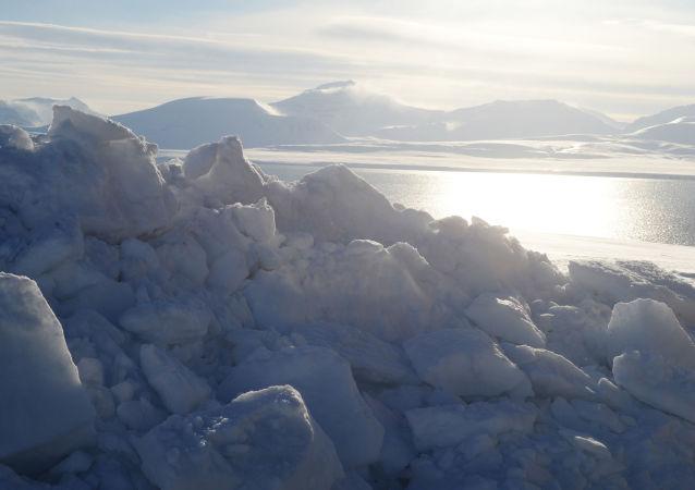 中国外交部:中国与挪威将在冰雪运动和北极事务方面加强合作