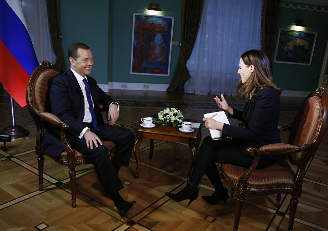 俄总理:没有人可以影响美国总统大选结果