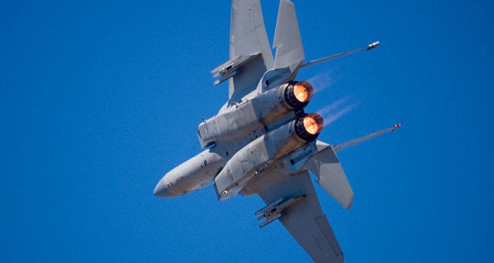 F-15鹰式战斗机