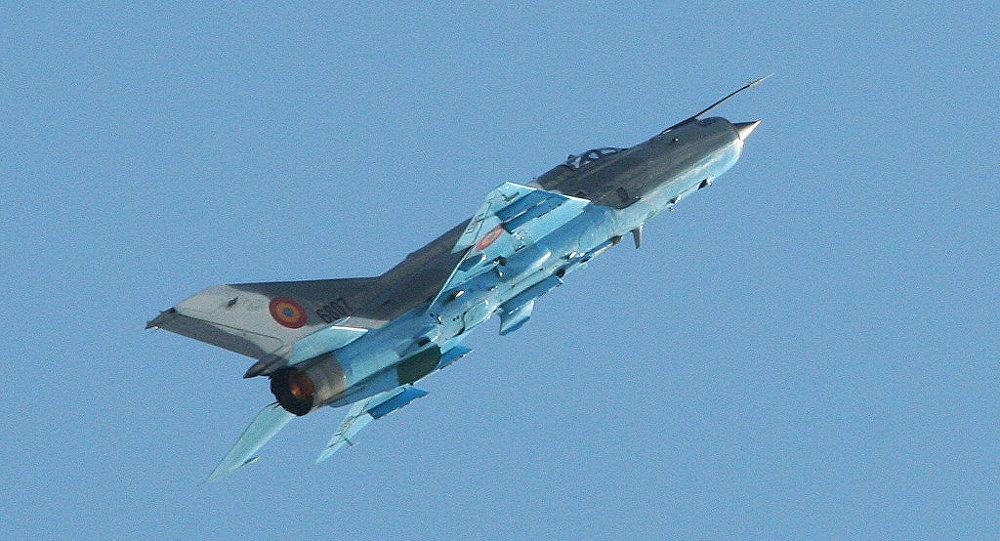 米格-21战机飞